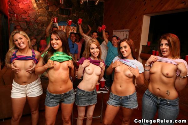 Пивная вечеринка в колледже / Beer Pong Honnies (cr10037)