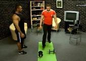 Будто накачать грудные мышцы и мышцы спины гантелями (2012) SATRip
