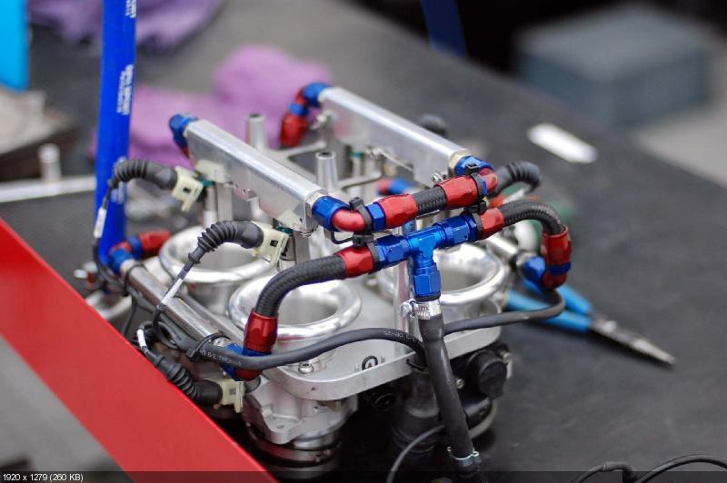 Фотографии гоночного мотоцикла Norton SG1 2012