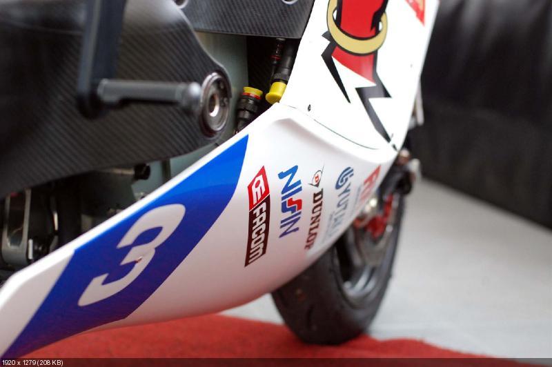 Фотографии гоночного электроцикла Mugen Shinden (TT)